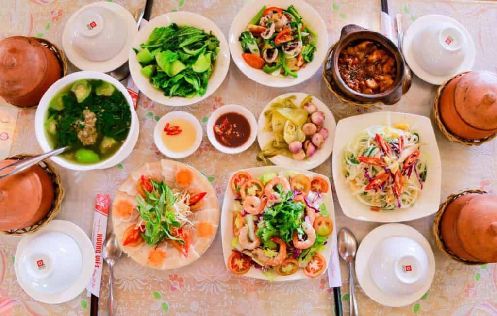 các món ăn trưa Đà Lạt