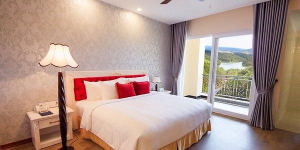 Hotel Ladalat 5 sao