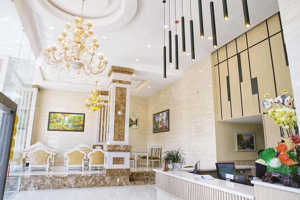 Khách sạn Hoàng Minh Châu Bà Triệu Đà Lạt