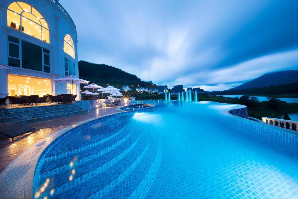 Khách sạn 4 sao gần trung tâm Đà Lạt