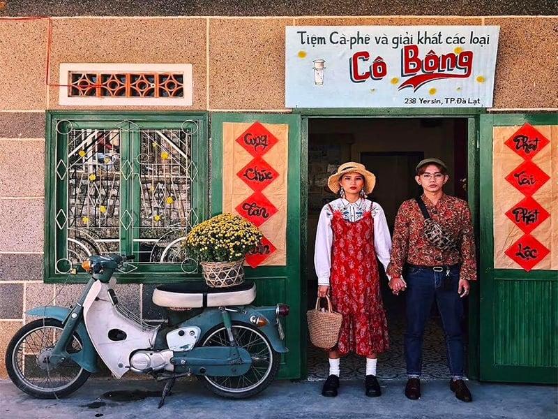 Tiệm cà phê cô bông Đà Lạt